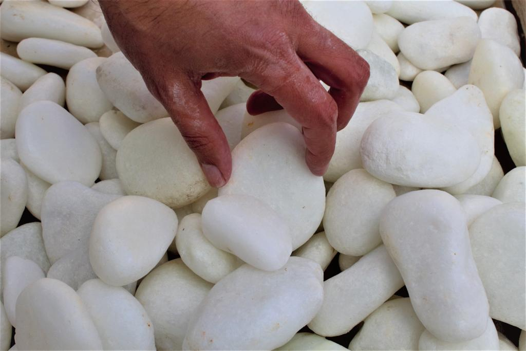 Marble Pebble: Ideal for several applications